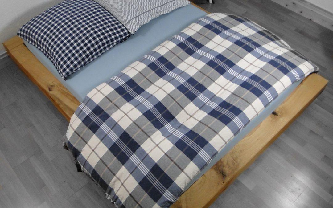Eichenbalken Bett